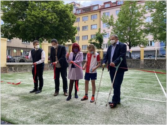 Slavnostní otevření zrekonstruovaného školního hřiště